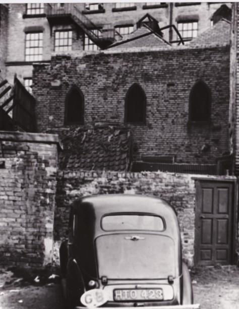 1737 Spaniel Row meeting house 3 Outside 1951